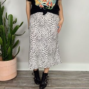 Meet Me In The Midi Speckled Skirt